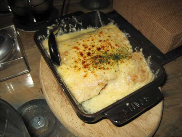 Lasagna de txampis y bechamel de boletus