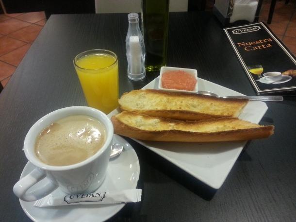 Desayuno en Uvepan