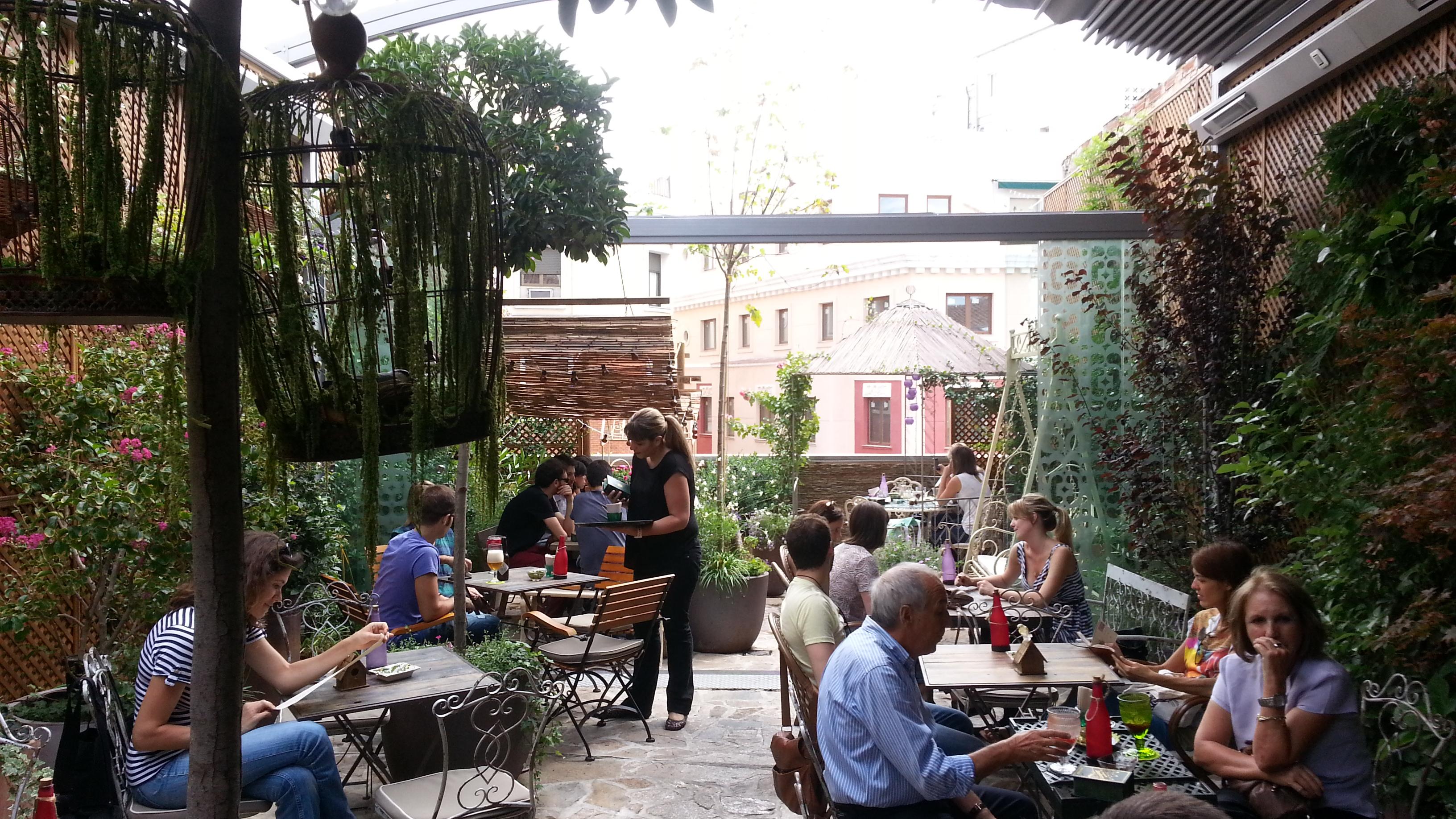 Las mejores terrazas de madrid nosolotupper for El jardin de los secretos