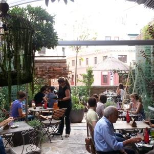 Cafeter a tienda salvador bachiller montera la glotona for El jardin secreto salvador bachiller