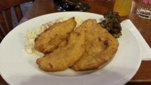 Pollo con ensalada de patata